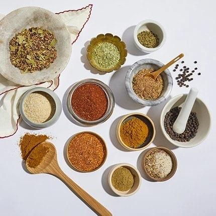 Gia vị ăn kiêng Flavor Mate Salt-Free - Garlic & Herb 2.5 Oz (71g) - nav blends global 1 2785 1200x12 1